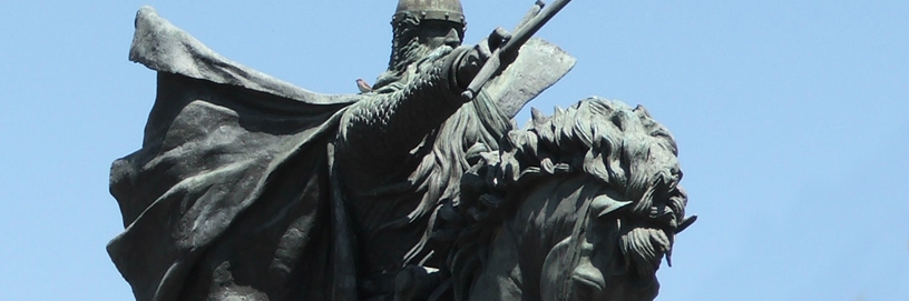 Statue of El Cid, in Burgos.